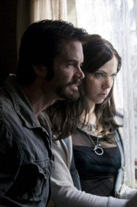 Garret Dillahunt and Riki Landhome in The Last House on the Left (2009)